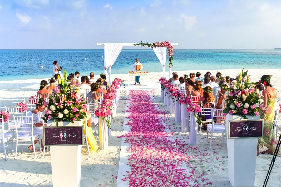Additional things to consider for a beach wedding