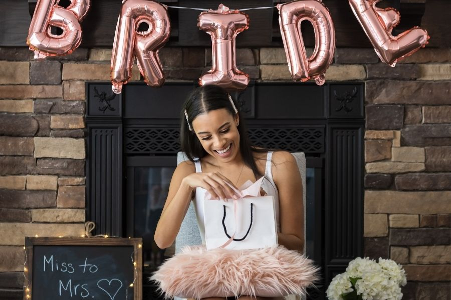 Difference Between a Wedding Shower and a Bridal Shower